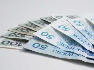 100 zł i 50 zł banknoty