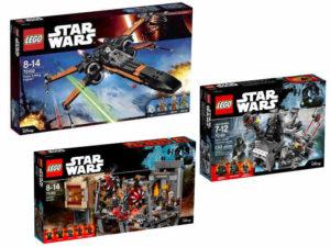 trzy pudełka LEGO