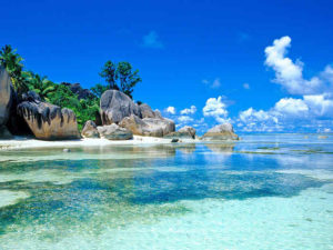 skały i plaża